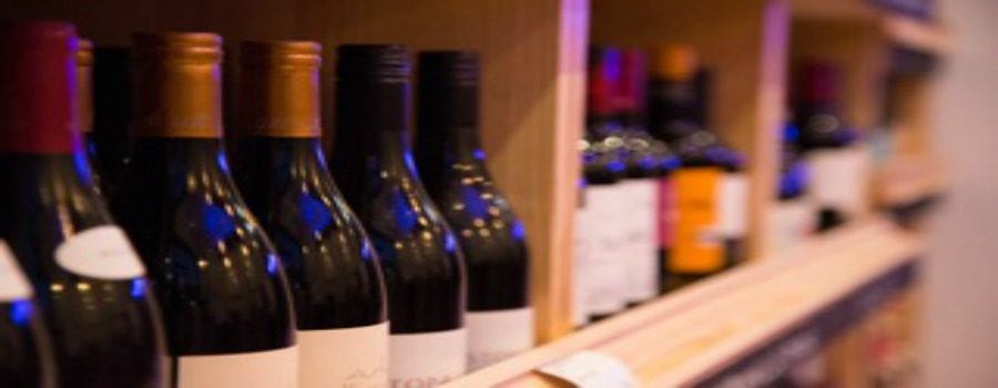 Sale to have its first Summer Wine Festival with over 50 wines to taste – we have two tickets up for grabs!