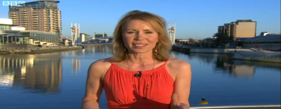 A rose grows in Sale…in memory of Dianne Oxberry